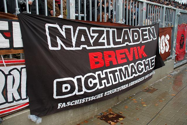 Naziladen Brevik dichtmachen! (Edit: Wird noch in diesem Monat dichtgemacht...)