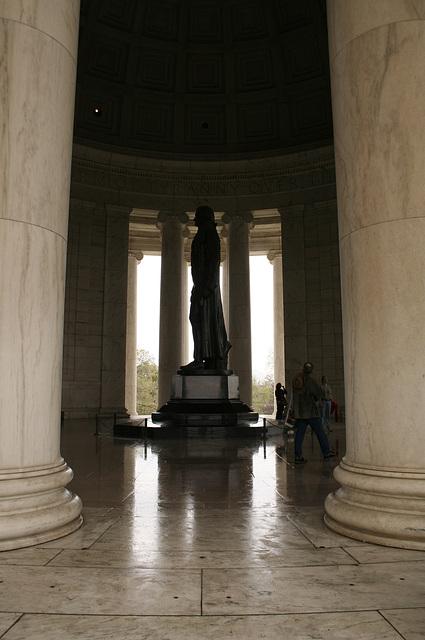 18.JeffersonMemorial.NCBF.TidalBasin.SW.WDC.1apr08