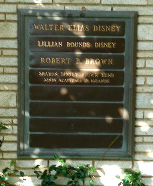 Walt Disney (2032)