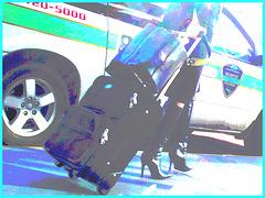 Très séduisante Dame mature en Bottes de Dominatrice - Mature Lady in tremendous Dominatrix Boots -Bottes de Sûreté photofiltrée.