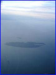 Rimouski, Québec. CANADA / Vue du ciel et du  fleuve en avion / From the aircraft window /  Îlot bleu - Blue islet. 10 août 2007.