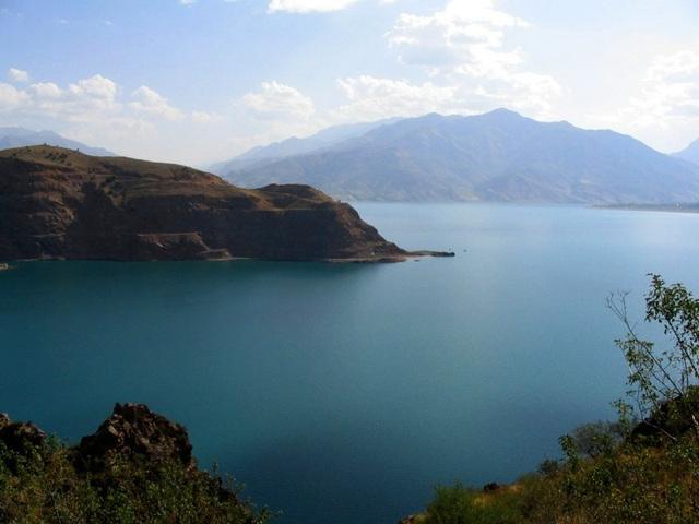 Lac Tcharvak, Ouzbekistan