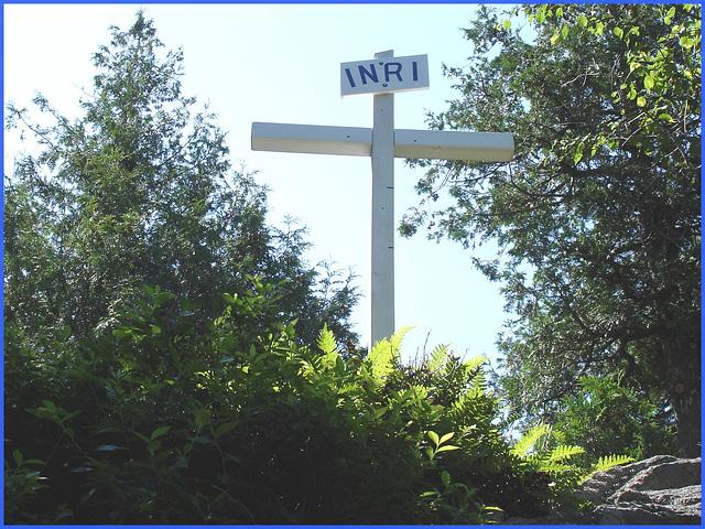 INRI /  Notre-Dame de Fatima- Bas du fleuve / Entre Rivière-du-loup et Rimouski. Québec- CANADA.  22 juillet 2005.