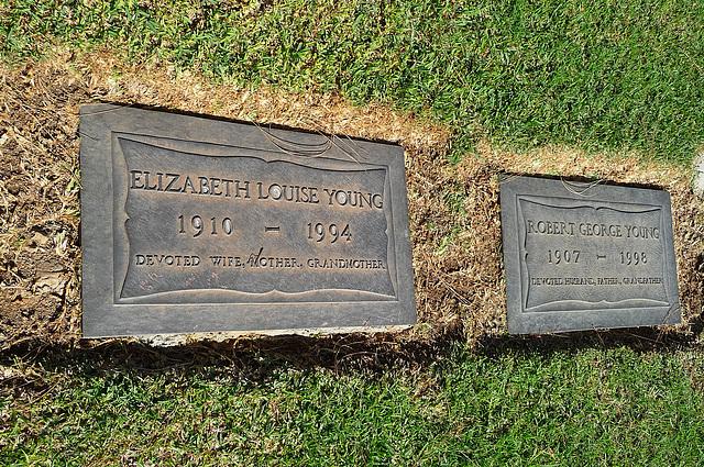 Elizabeth & Robert Young (1998)
