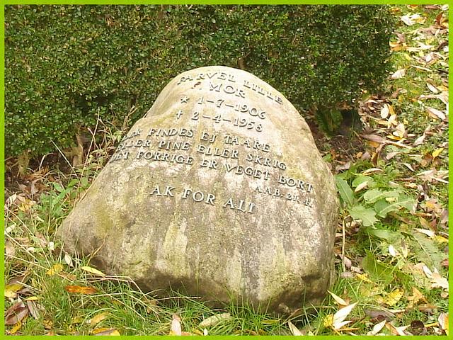 Ak for alt.  Cimetière de Copenhague- Copenhagen cemetery- 20 octobre 2008