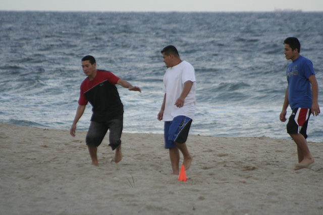 04.AnglinPier.Beach.LBTS.FL.18nov07