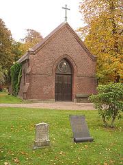 Cimetière de Helsingborg /  Helsingborg cemetery-  Suède / Sweden - Chapelle- Chapel / 22 octobre 2008.