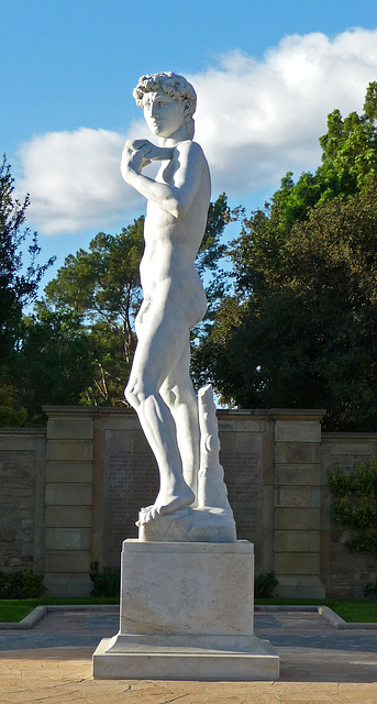 Michelangelo's 'David' - Forest Lawn Glendale (2051)