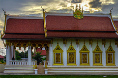 Das Wat Hosantinimit in the sun set