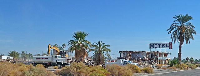 North Shore Motel Demolition (2126)