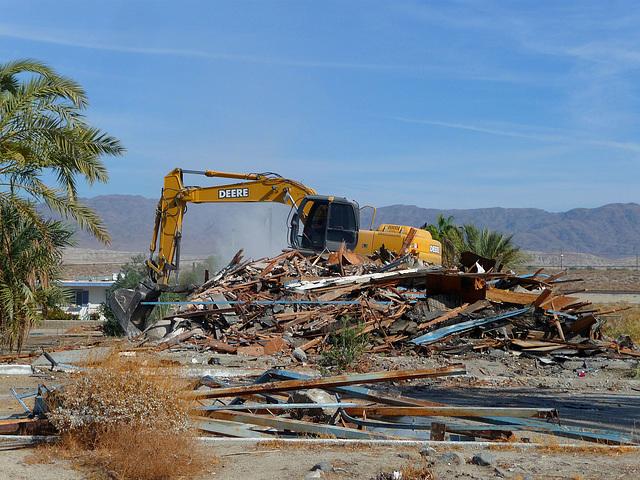 North Shore Motel Demolition (2128)