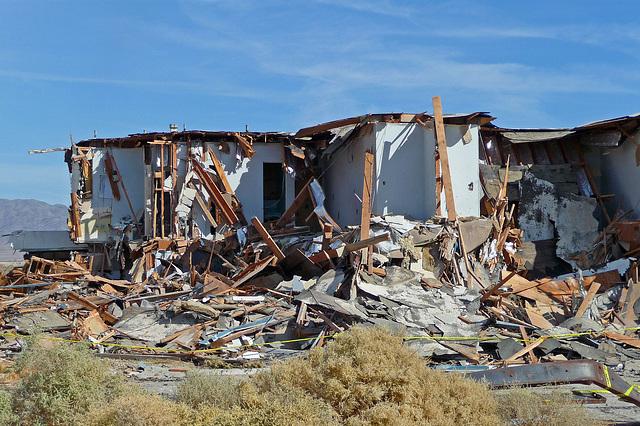 North Shore Motel Demolition (2131)
