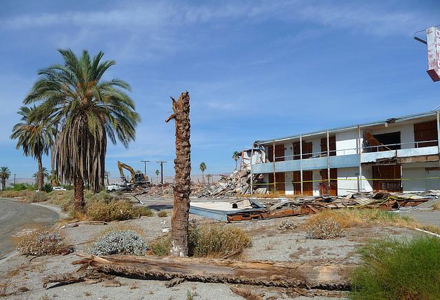 North Shore Motel Demolition (2134)
