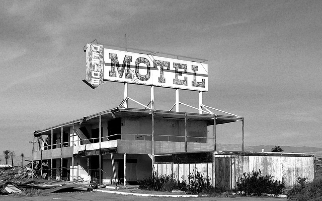 North Shore Motel Demolition (2136A)