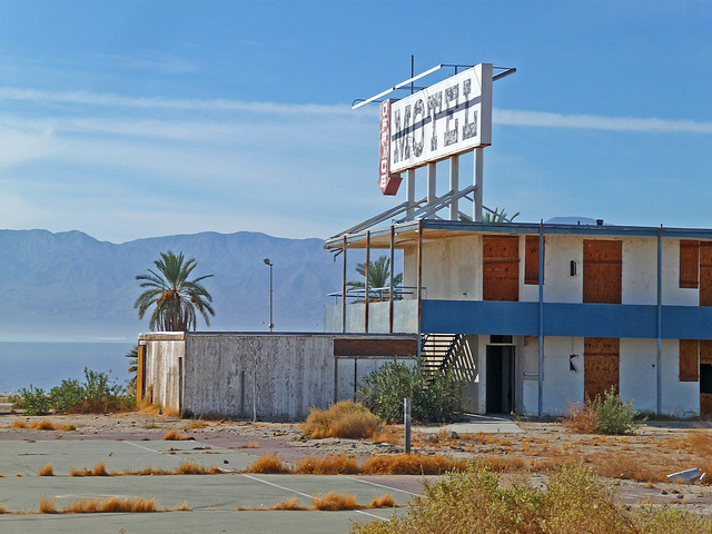 North Shore Motel Demolition (2141)
