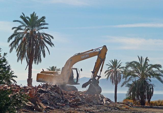 North Shore Motel Demolition (2146)