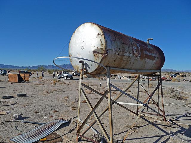 Gas Tank (2214)
