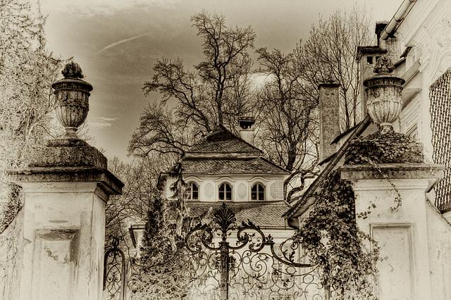 Baroque Castle Gösting