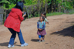 Hmong kids like to be photographed