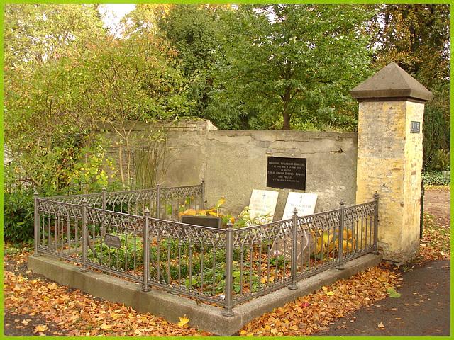 Cimetière de Copenhague- Copenhagen cemetery- 20 octobre 2008-Bindseil couple resting in peace.