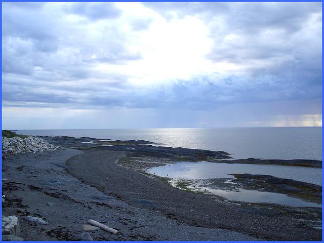 Coucher de soleil / Sunset - Pointe-au-père- Qc, Canada. 23 juillet 2005.
