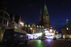 Der Weihnachtsmarkt wird aufgebaut