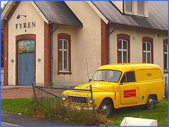 Fyren and yellow Volvo / Volvo jaune - Båstad, Sweden- October 21th 2008