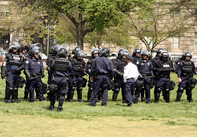 66.MPDC.RiotPolice.NSM.NM.WDC.19apr08