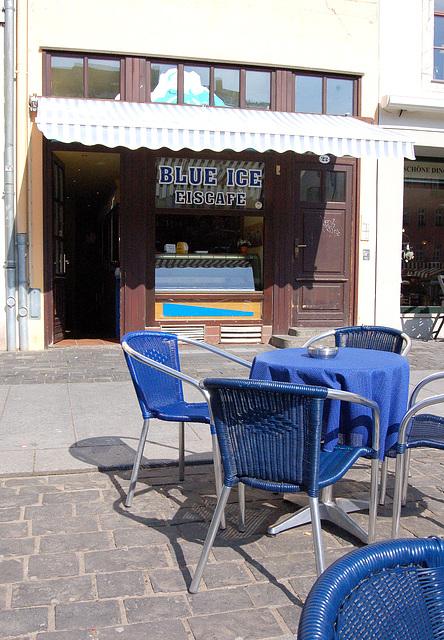 Blue Ice- kafejo