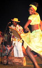 Maravanne Player with Dancer
