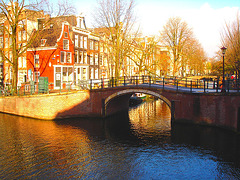 Pont et canal / Small bridge over water