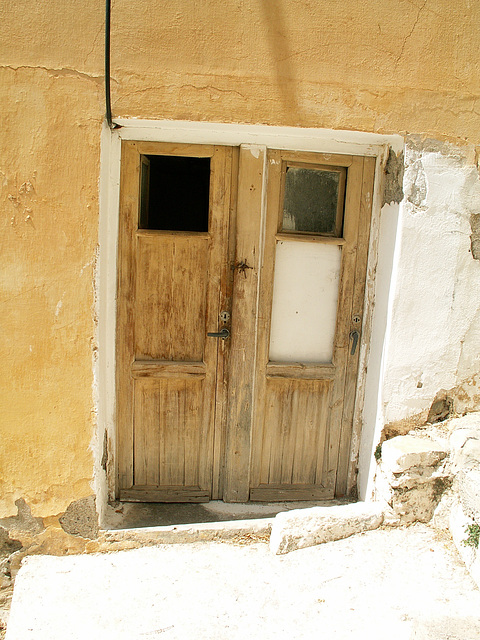 Old house cretan toilet - PiP