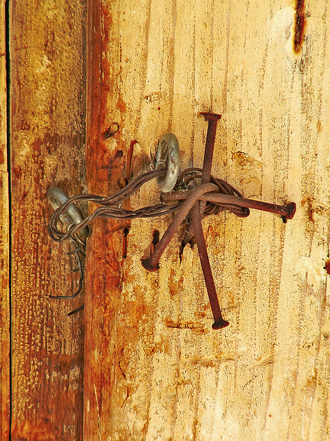 Old house cretan toilet lock