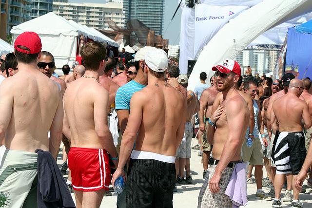 539.WP07.BeachParty.SBM.FL.4March2007