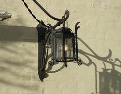 Lampe und Schatten