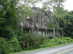 Living haunted mansion -  Maison hantée et habitée - Bennington- Vermont- USA / 6 août 2008.