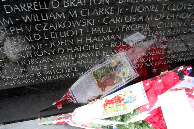 96.VietnamVeteransMemorial.WDC.23may08