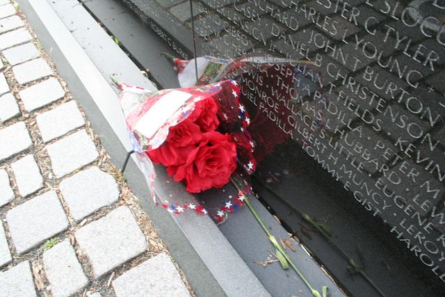 97.VietnamVeteransMemorial.WDC.23may08
