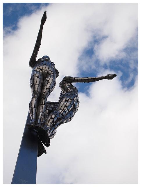 Atrium Camberley statue 2