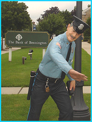 Policier sympatique -  Sympathetic policeman - Bennington, Vermont USA- 06-08-2008.
