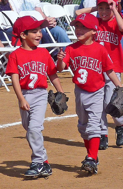 Little Leaguers (3829A)