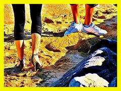 Ester's sandy dancing heels candid shot -  Dancing in the sand in high heels - Talons hauts dansant dans le sable - Photofiltered by myself / Photofiltrée par moi-même.