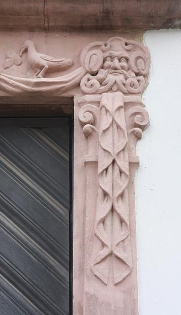 Detai einer Türlaibung am Südflügel