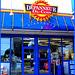Ultramar- Dépanneur du coin -  Ultramar -  Chaîne de stations-service au Québec /  Famous gas stations in Quebec, CANADA. Dans ma ville / Hometown. 12 octobre 2008.