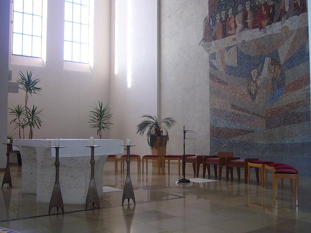 Altarraum (2)