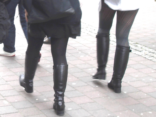7 Eleven Swedish blond duo in dominatrix and flat leather Boots - Helsingborg / Sweden.  October 22th 2008.