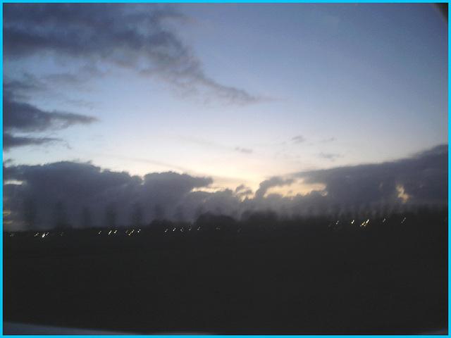 Sky colours / Couleurs de ciel - Vol  / Flight Amsterdam - Montréal - 12 Nov 2007 .