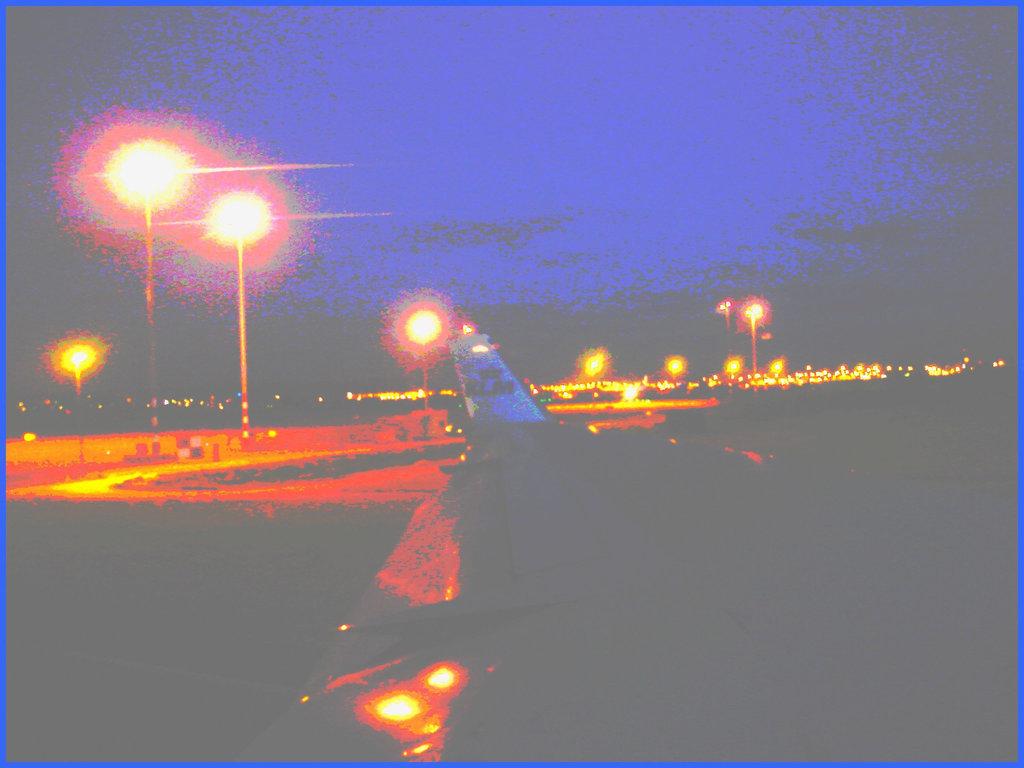 Sky colours / Couleurs de ciel - Vol  / Flight Amsterdam - Montréal - 12 Nov 2007 - Photofiltrée