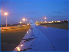 Sky colours / Couleurs de ciel - Vol  / Flight Amsterdam - Montréal - 12 Nov 2007 /  Photofiltrée