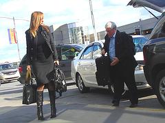 Très séduisante Dame mature en Bottes de Dominatrice - Mature Lady in tremendous Dominatrix Boots